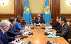President of Kazakhstan Kassym-Jomart Tokayev receives Dariga Nazarbayeva, Chair of the Senate, Askar Mamin, Prime Minister, Kairat Mami, Chair of the Constitutional Council, and Vladimir Bojko, Deputy Chair of the Majilis